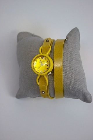 Yellow Akami Watch