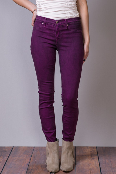 Amethyst Jeans is a brand that specializes in making women's denim clothing. They primarily make jeans, but they do make shorts and skirts as well. Amethyst is a relatively new brand, having only been in business for less than a decade.