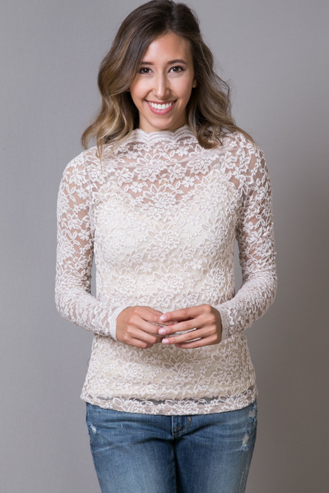 O2 Collection Mocha Lace Turtle Neck