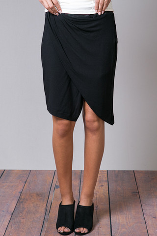 Leather Banded Tuck Skirt