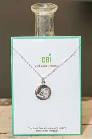 CAI Leo Star Necklace