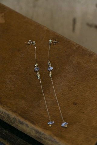 Vanessa Mooney The Ravenswood Earrings
