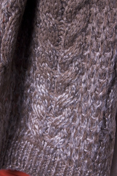 Lavand Cable Knit Scarf 2