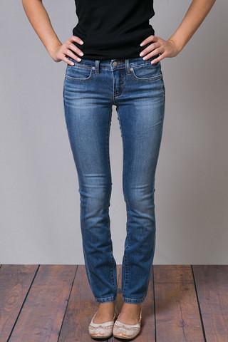 Authentic Lila Skinny Ankle