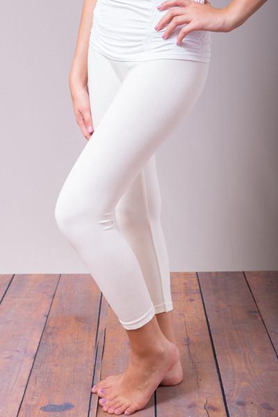 86ab37e14f263 Off · Off White Cropped Legging