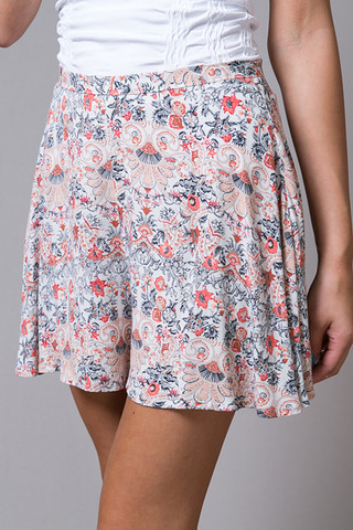 Tigerlily Italienne Floral Shorts