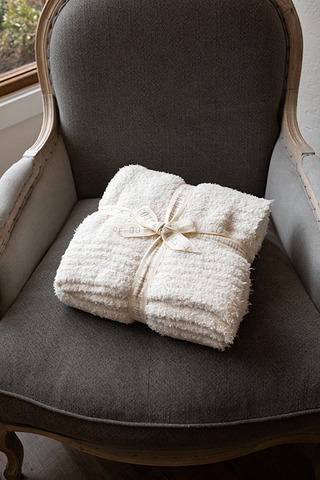 Cozy Chic Throw Cream