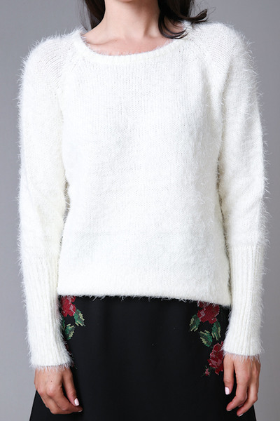 Fuzzy Cream Sweater | Knit | Elan International