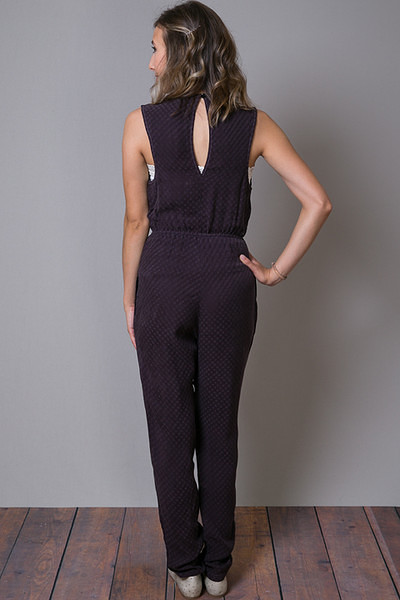 Cameo Pantsuit Pursuit 3