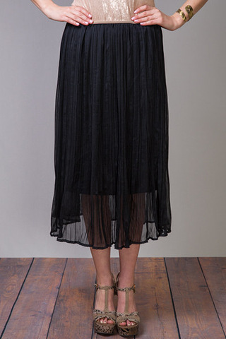 O2 Collection Black Pleated Skirt