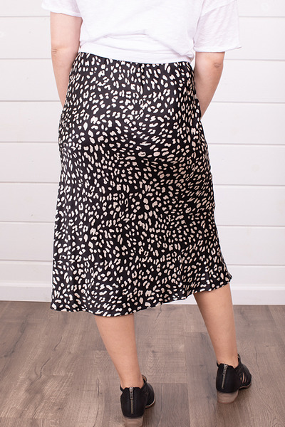 By Together Black and White Skirt 4