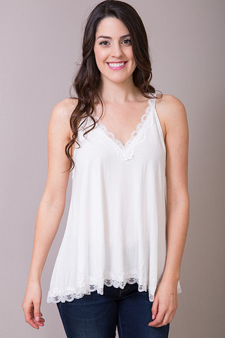 POL Ivory Lace Detailed Flowy Cami