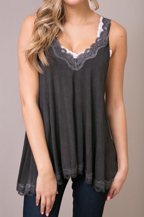 POL Black Lace Detailed Flowy Cami 4