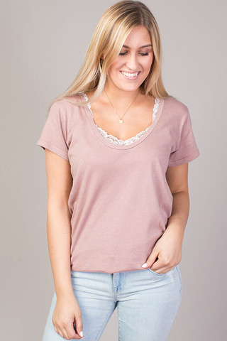 STILLWATER The Scoop Neck Tee Rosewood