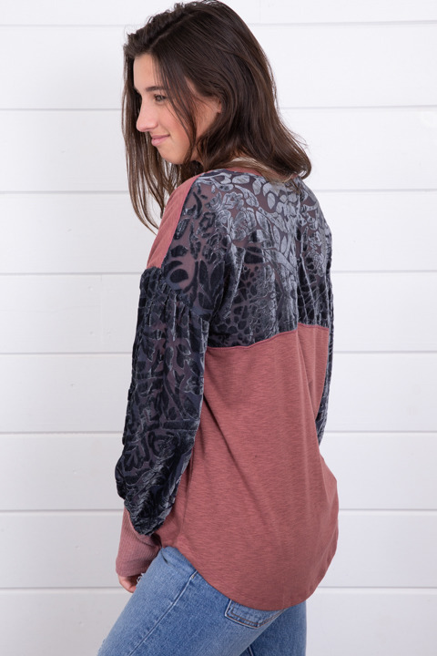 Mystree Burnout Velvet Sleeve Top 4
