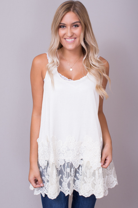 Umgee Sleeveless Floral Lace Tunic